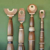 Totems by Mark Carroll - search and link Sculpture with SculptSite.com
