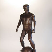 World Traveler by Robert E Gigliotti - search and link Sculpture with SculptSite.com