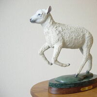 Rompin Lambkin TS by Dawn Weimer - search and link Sculpture with SculptSite.com
