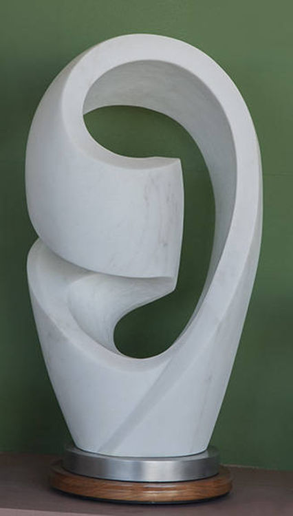 Mobius Variation 6 by Mark Carroll - search and link Sculpture with SculptSite.com