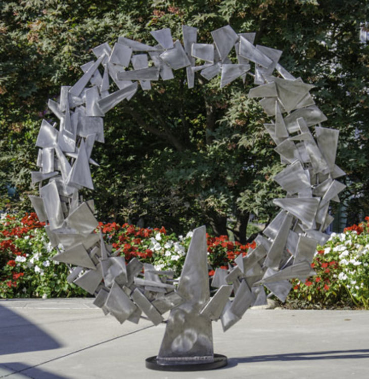 Nimbus by Mark Carroll - search and link Sculpture with SculptSite.com