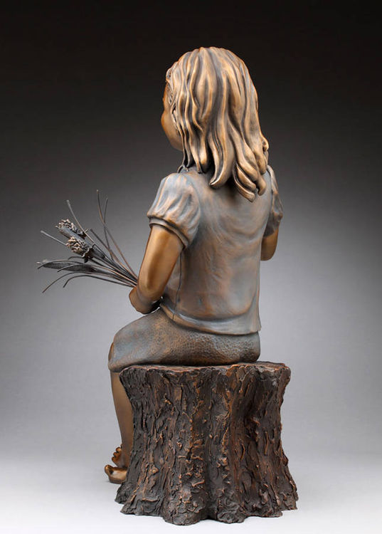 London by Anita Watts - search and link Sculpture with SculptSite.com
