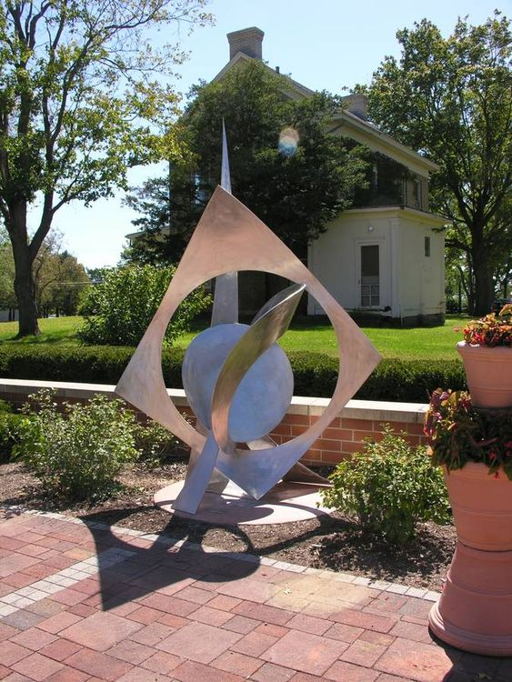 To Be Set Free by Bruce A Niemi - search and link Sculpture with SculptSite.com