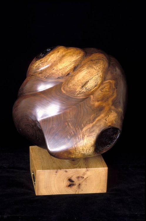 Maculate Moon by Judith Copeland - search and link Sculpture with SculptSite.com