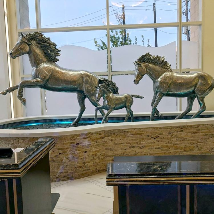 "Monuments - ""Running Free"" by Edd Hayes - search and link Sculpture with SculptSite.com"