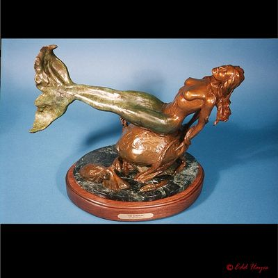 Mermaids - The Guardian by Edd Hayes - search and link Sculpture with SculptSite.com