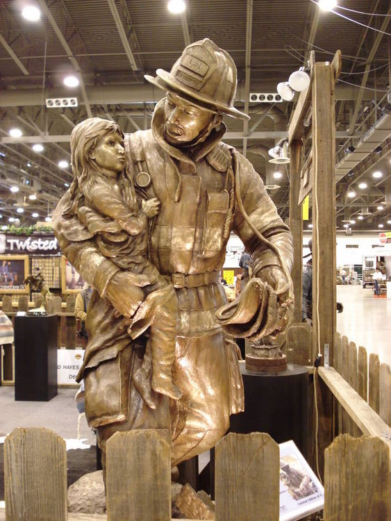 Monuments - A Breath of Valor by Edd Hayes - search and link Sculpture with SculptSite.com