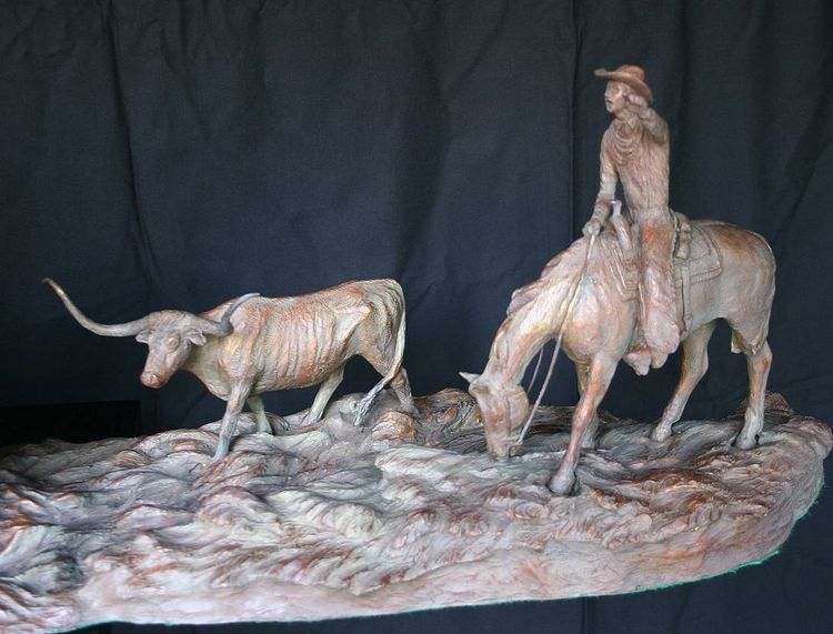 Western - Back to Texas by Edd Hayes - search and link Sculpture with SculptSite.com