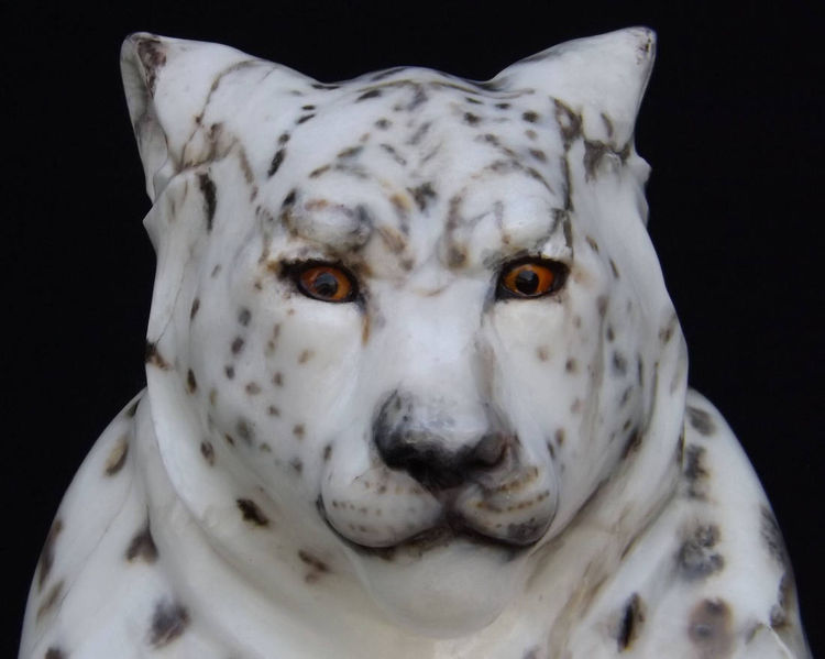 The Guardian (Snow Leopard and Kit) by Gerald Sandau - search and link Sculpture with SculptSite.com