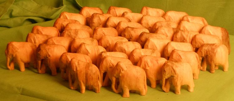 Elephants by John Adamson - search and link Sculpture with SculptSite.com