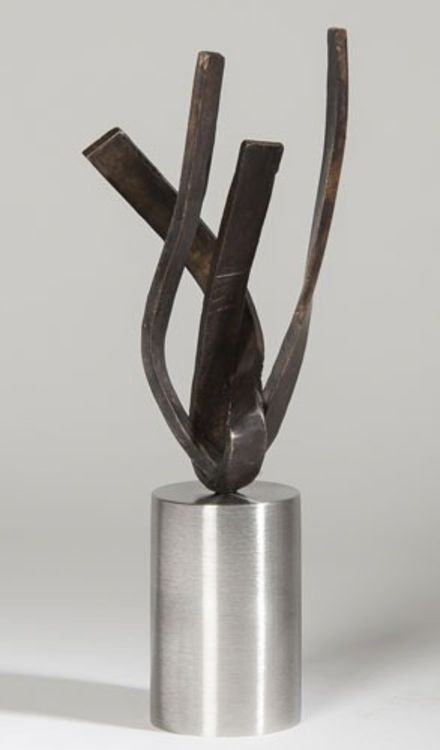 On Point 4 by Joe Gitterman - search and link Sculpture with SculptSite.com