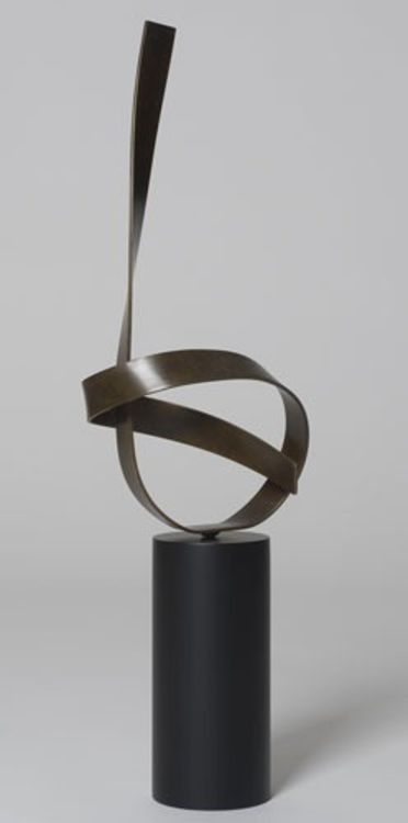 Poised 11 by Joe Gitterman - search and link Sculpture with SculptSite.com