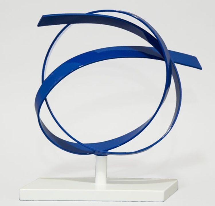 Blue Knot by Joe Gitterman - search and link Sculpture with SculptSite.com