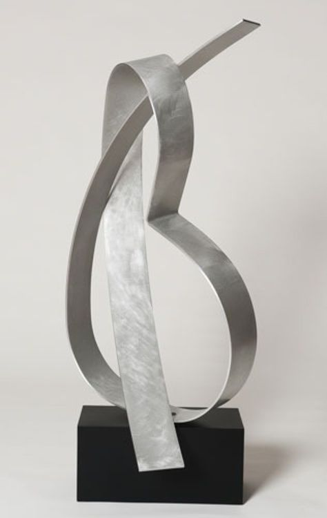 Poised 9 by Joe Gitterman - search and link Sculpture with SculptSite.com