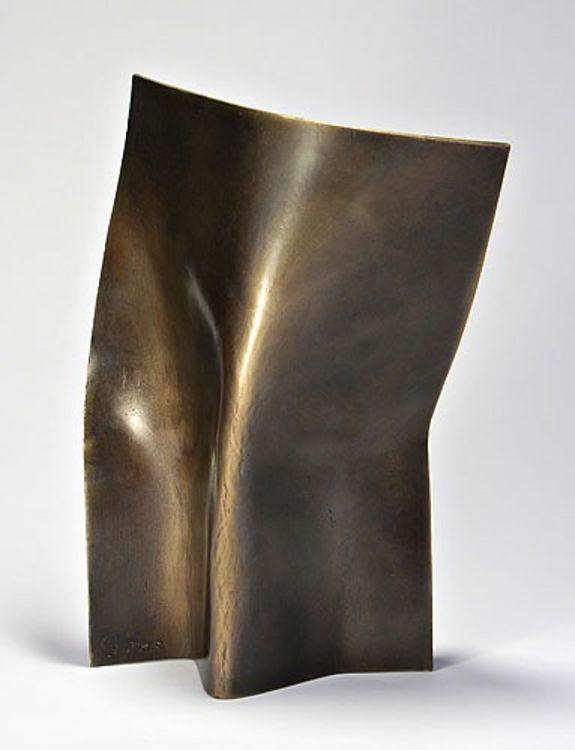 Torso 3 by Joe Gitterman - search and link Sculpture with SculptSite.com