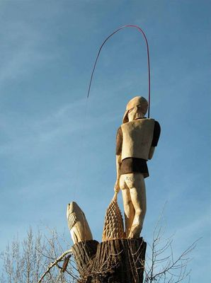 Fly Fisherman by Larry Lefner - search and link Sculpture with SculptSite.com