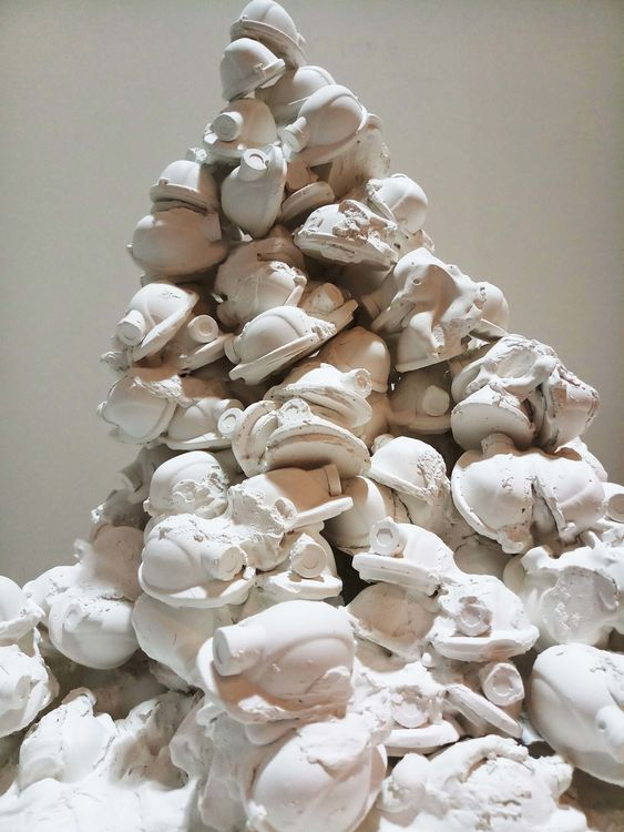 Working class: Do they exist? by Priyanka Muthuraman - search and link Sculpture with SculptSite.com