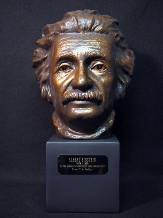 Albert Einstein by Robert Toth - search and link Sculpture with SculptSite.com