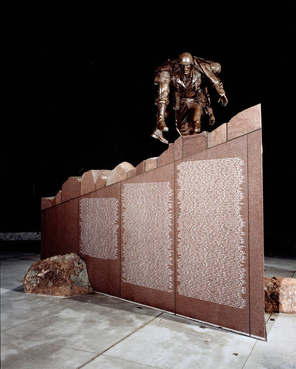Brazos Valley Veterans Memorial by Robert Eccleston - search and link Sculpture with SculptSite.com
