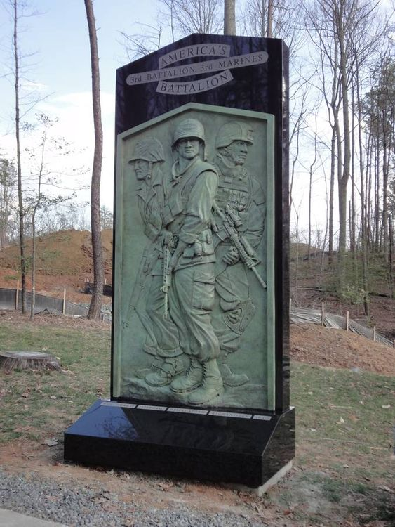 3rd Battalion 3rd Marines Memorial by Robert Eccleston - search and link Sculpture with SculptSite.com