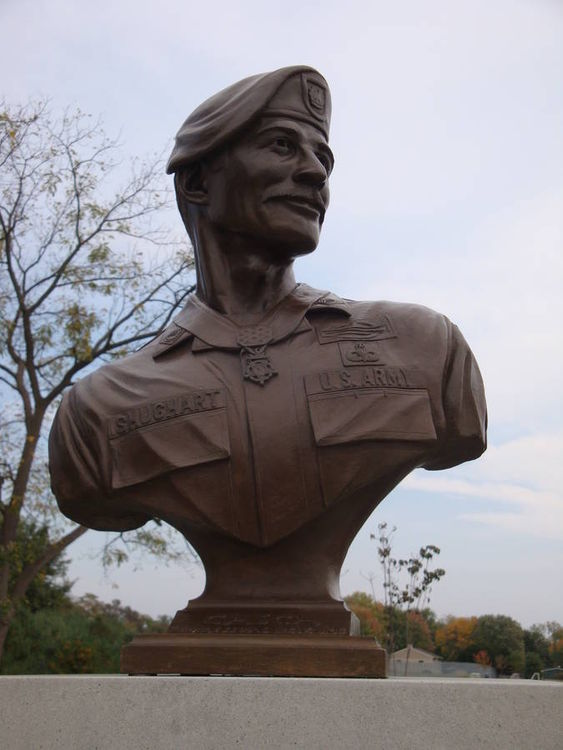 SFC Randall Shughart Memorial Bust by Robert Eccleston - search and link Sculpture with SculptSite.com