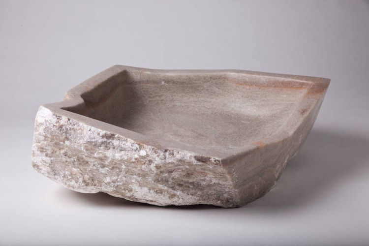 alabaster bowl by Robin Antar - search and link Sculpture with SculptSite.com