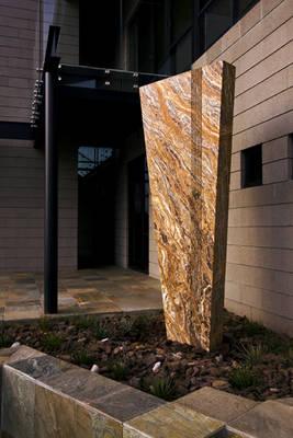 Emperor by Alan Hochman - search and link Sculpture with SculptSite.com