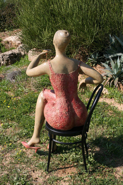 Big Time by Ana Lazovsky - search and link Sculpture with SculptSite.com