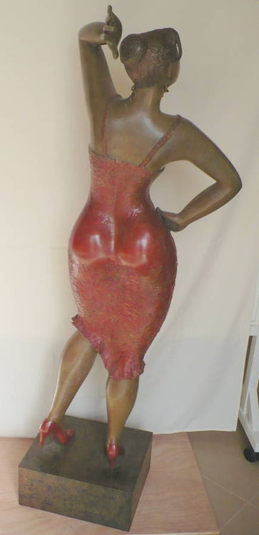 Lady X by Ana Lazovsky - search and link Sculpture with SculptSite.com