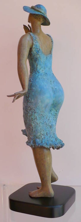 Natalie by Ana Lazovsky - search and link Sculpture with SculptSite.com