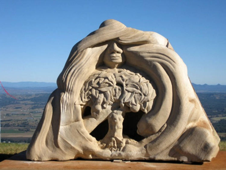 Visiting Earth Angel by Antone Bruinsma - search and link Sculpture with SculptSite.com