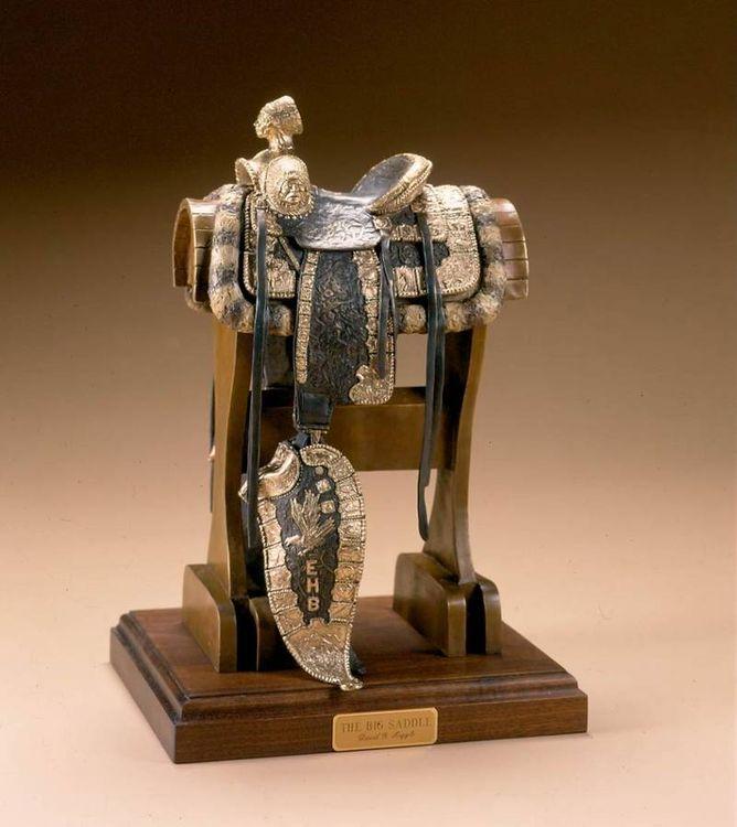 Big Saddle by David Argyle - search and link Sculpture with SculptSite.com