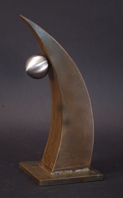 Spirit Rising by Robert E Gigliotti - search and link Sculpture with SculptSite.com