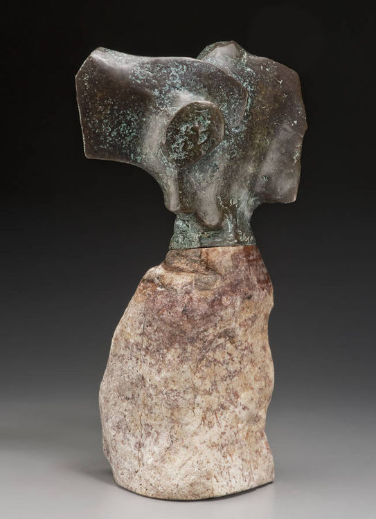 Spirit of Abiquiu by Robert Pulley - search and link Sculpture with SculptSite.com