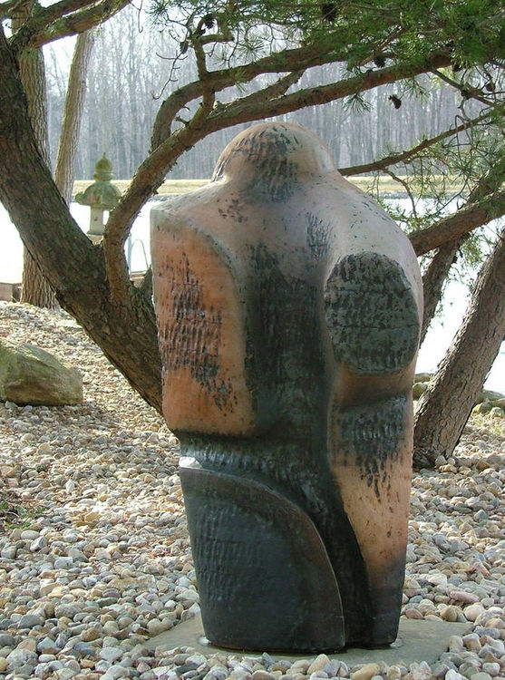 Navajo by Robert Pulley - search and link Sculpture with SculptSite.com