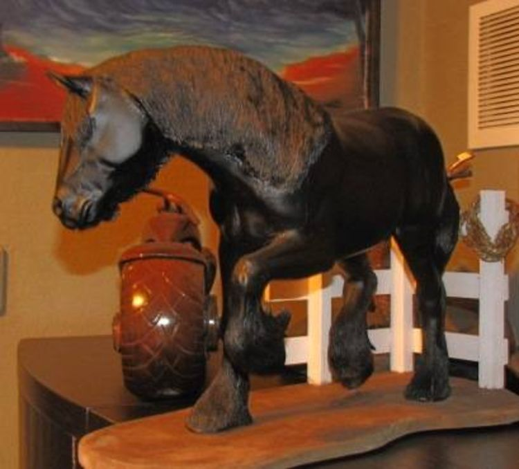 clydesdale by Edward Kitt - search and link Sculpture with SculptSite.com