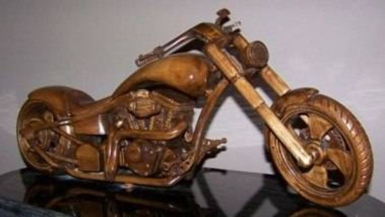 chopper by Edward Kitt - search and link Sculpture with SculptSite.com