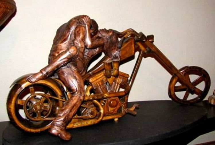 Passion For Power by Edward Kitt - search and link Sculpture with SculptSite.com