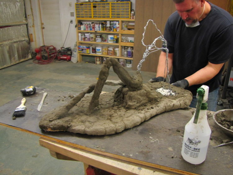 Lady on the rocks by Edward Kitt - search and link Sculpture with SculptSite.com