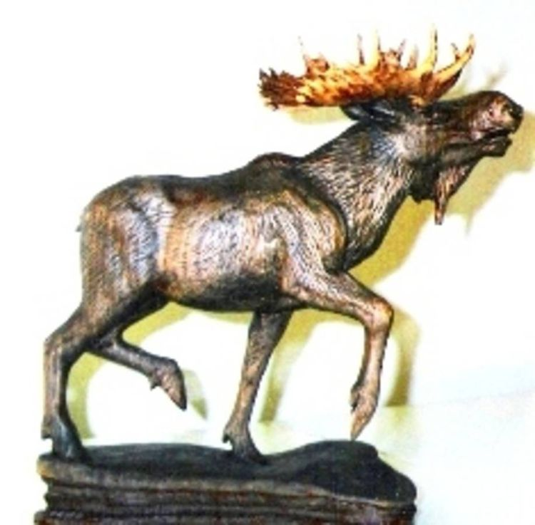 Moose by Edward Kitt - search and link Sculpture with SculptSite.com