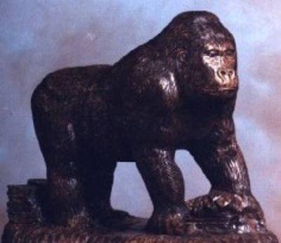 Gorilla  by Edward Kitt - search and link Sculpture with SculptSite.com
