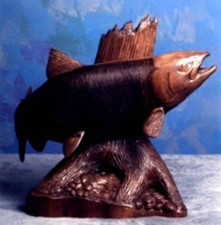 Salmon by Edward Kitt - search and link Sculpture with SculptSite.com
