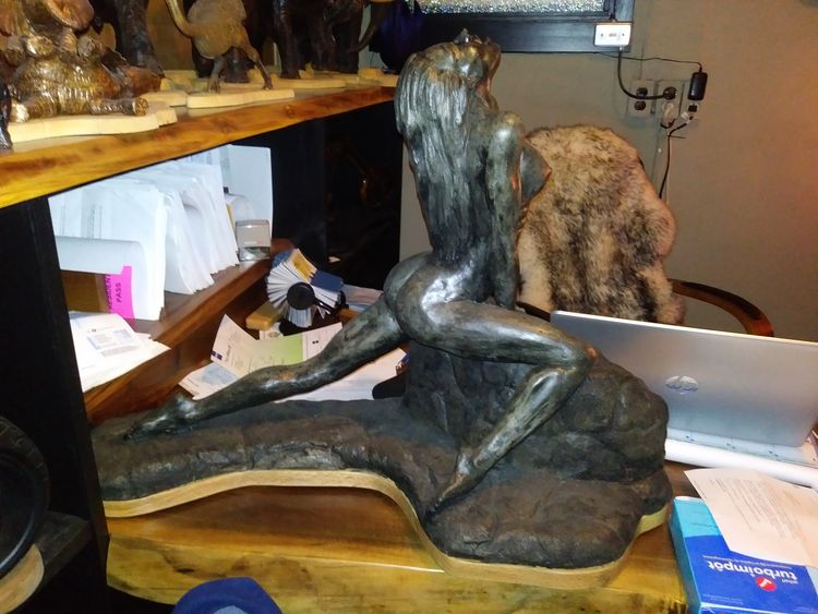 Lady on the rocks 3 by Edward Kitt - search and link Sculpture with SculptSite.com