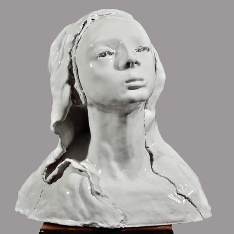 Martina's portrait by Cristina Trifiro - search and link Sculpture with SculptSite.com