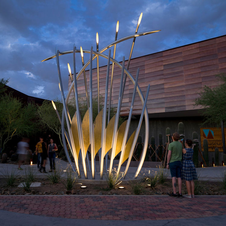 Diamond Bloom by curtis pittman - search and link Sculpture with SculptSite.com