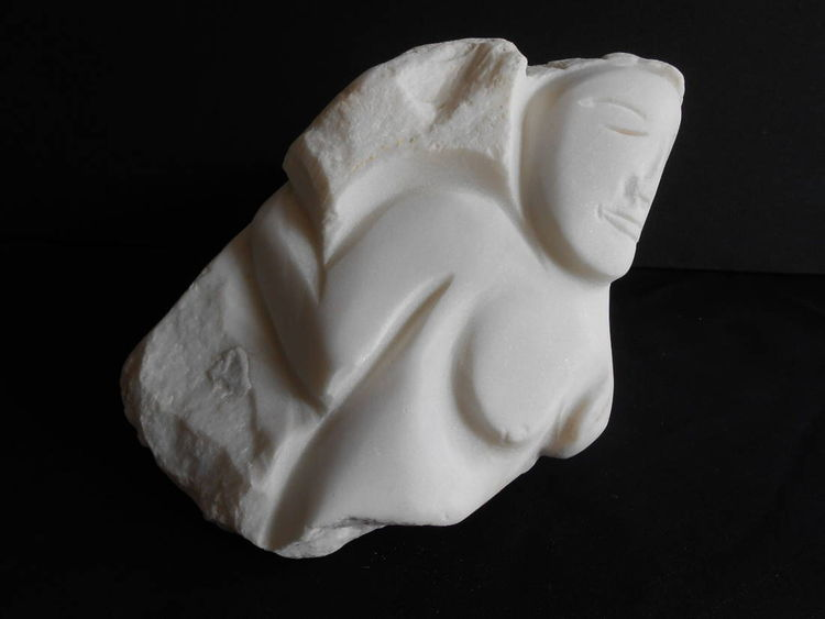 Sleeping Maiden by David Willis - search and link Sculpture with SculptSite.com