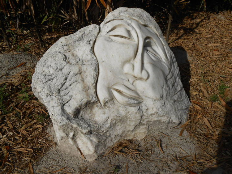 Pincher Martin by David Willis - search and link Sculpture with SculptSite.com