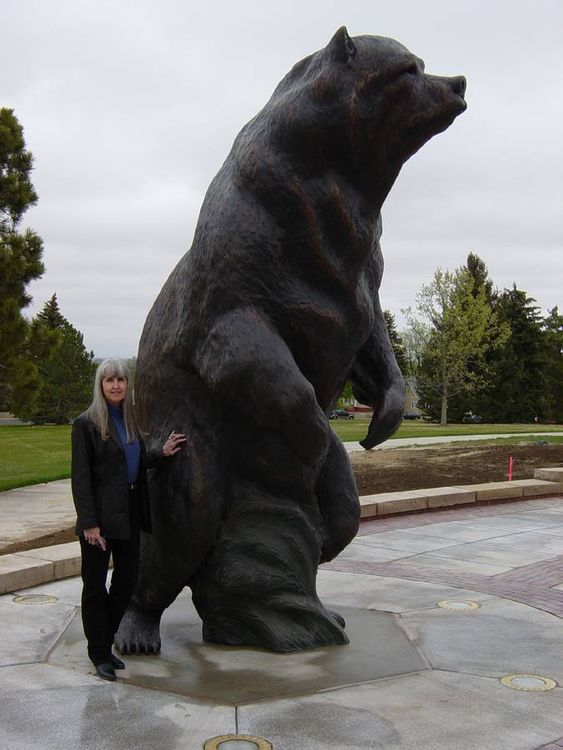Northern Vision by Dawn Weimer - search and link Sculpture with SculptSite.com