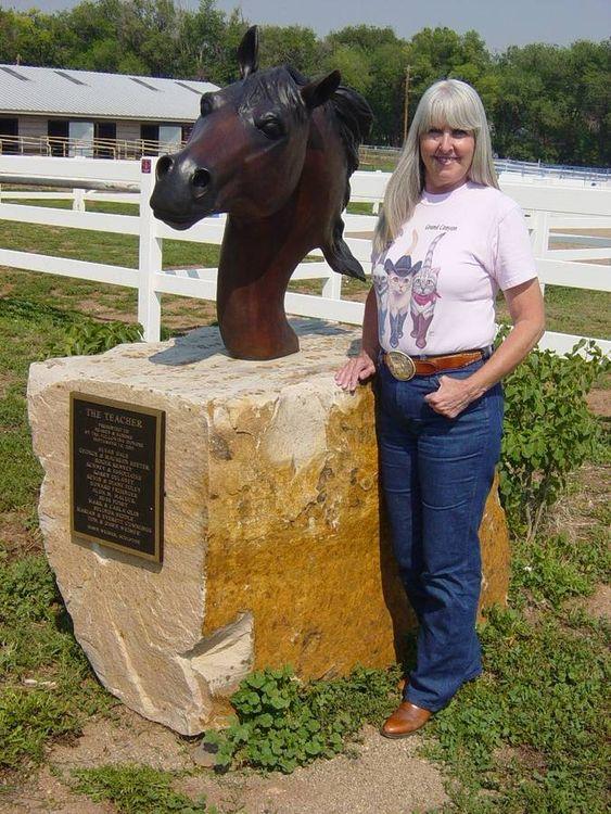 The Teacher by Dawn Weimer - search and link Sculpture with SculptSite.com