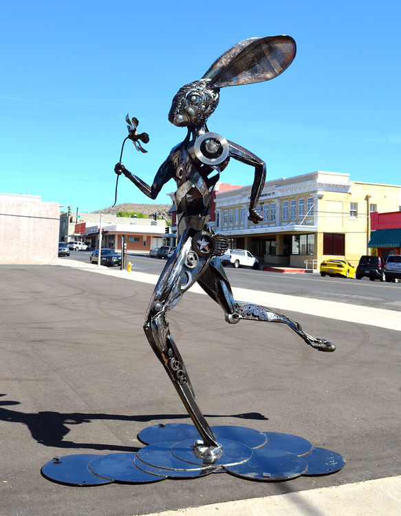 Running Hare by Donald Gialanella - search and link Sculpture with SculptSite.com